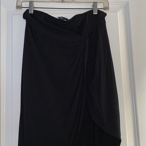 Midi Skirt with side knot. Peekaboo Leg